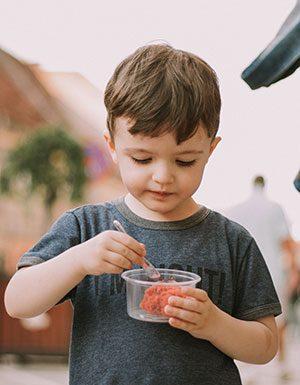 Rozszerzanie diety niemowlaka, kiedy i w jaki sposób?