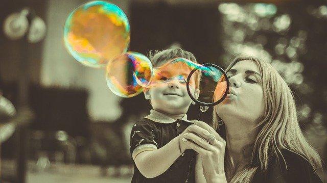 jak dzieci powielają nawyki rodziców?